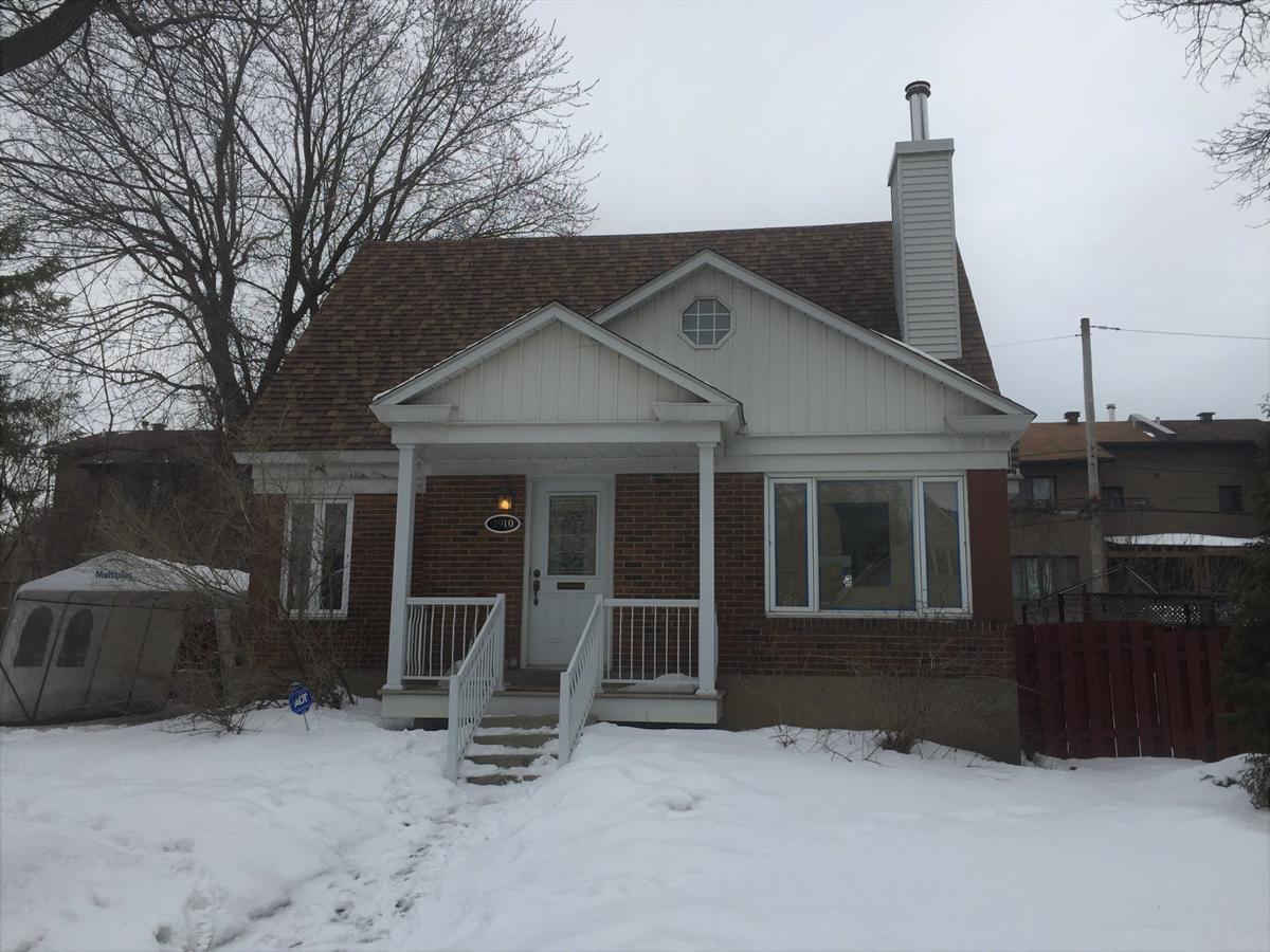 Linge De Maison Montréal maison à étages À vendre